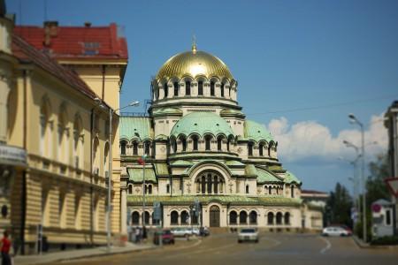 Alexander Nevsky Cathedral, Bulgaristan'ın en büyük ortadox kilisesidir (10 bin kişilik)