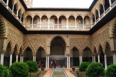 Alcazar (Kraliyet Sarayı)